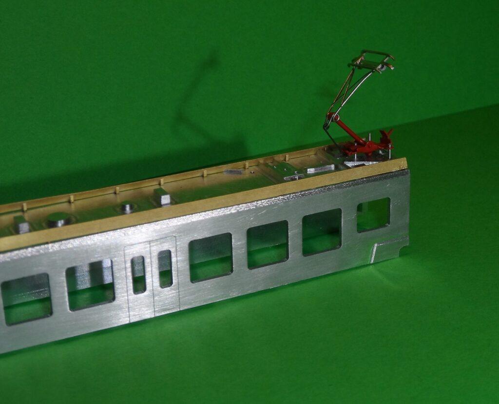 Wagen C des Traverso mit aufgesetzten Dachblenden und Bügel (Foto meaTEC)